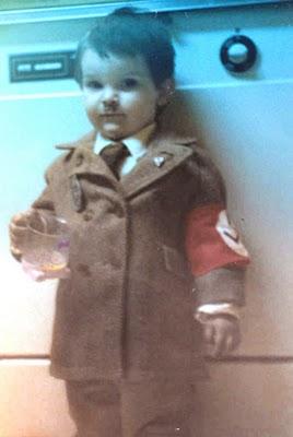 disfraz disfraces halloween originales pequeño hitler