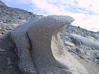 erosion aire viento cantos facetados