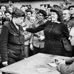 Víctima de los nazis descubre a una informante de la Gestapo (Dessau)