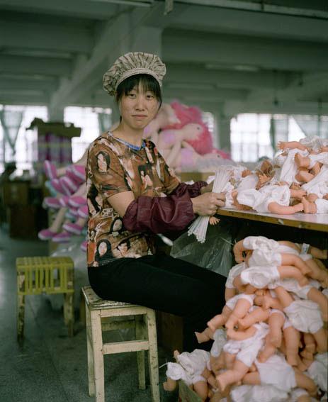 fabrica china trabajadores chinos mattel juguetes 06