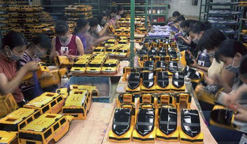 fabrica china trabajadores chinos mattel juguetes 20