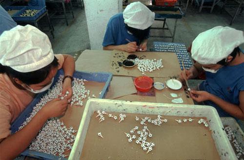 fabrica china trabajadores chinos mattel juguetes 22