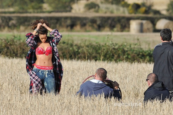 rihanna we found love video making 16