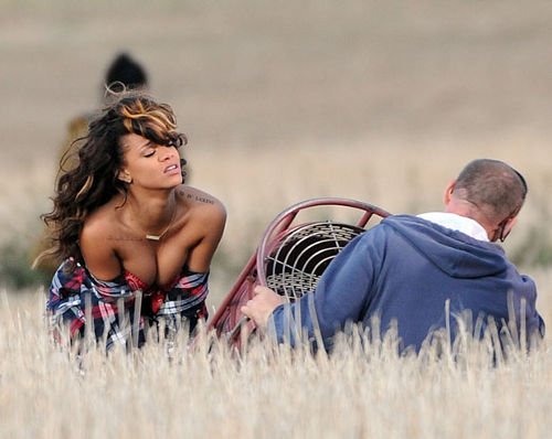 rihanna we found love video making 28