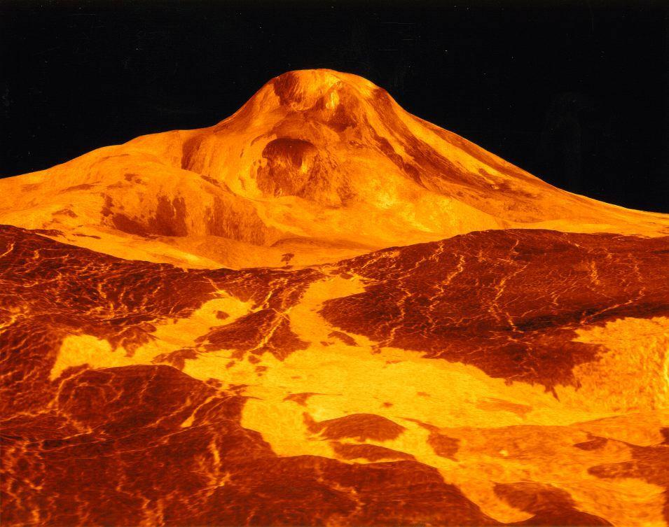 venus volcan maat mons