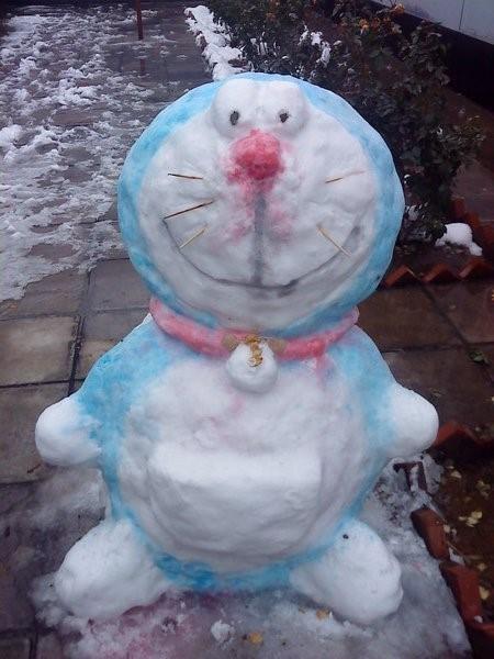 muneco nieve doraemon