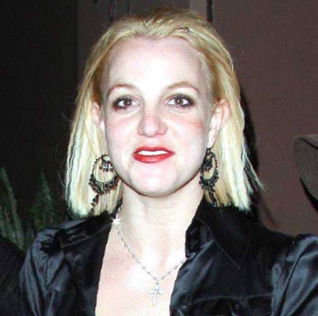 [Tema Oficial] Fotos FAKE de Christina Aguilera... jajaa - Página 5 Britney-spears-sin-maquillaje-fea