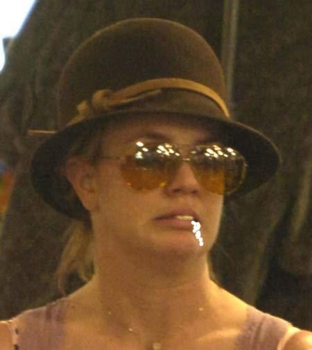 britney spears sombrero