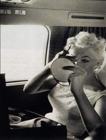 Marilyn Monroe Eve Arnold avion 3