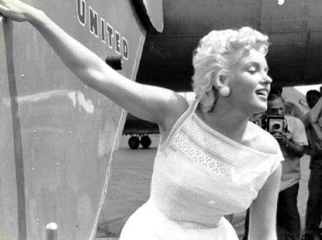 Marilyn Monroe Eve Arnold avion 5