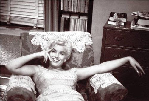 Marilyn Monroe Eve Arnold time hotel illinois 1955