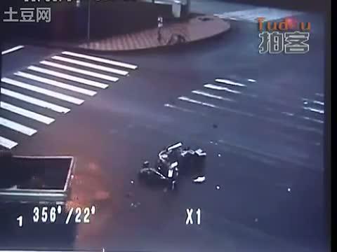 accidente moto trafico china 5