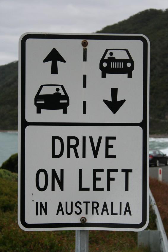 conducir por la izquierda australia