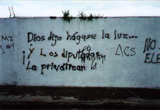 pintada muro privatizacion luz