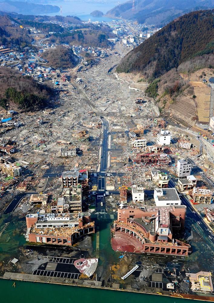 tsunami japon 11 marzo 2011 dia 3 Onagawa