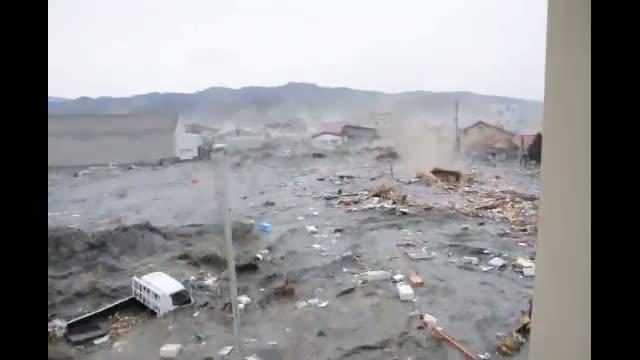 tsunami japon 2011 escombros