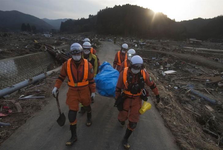tsunami terremoto japon 2011 Saito rescate