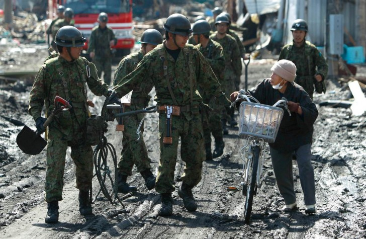 tsunami terremoto japon 2011 soma alerta mujer