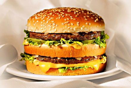 Ir al mcdonalds a por una ensalada es como ir a un burdel a por un abrazo
