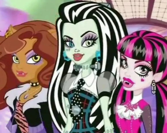 monster-high-canto-lobo-4