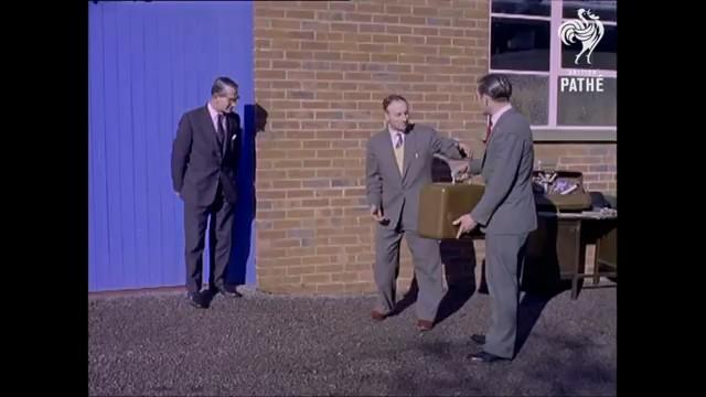 sistema anti robo maletines 1961