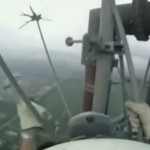 Subiendo por una antena de 300 metros sin arnés