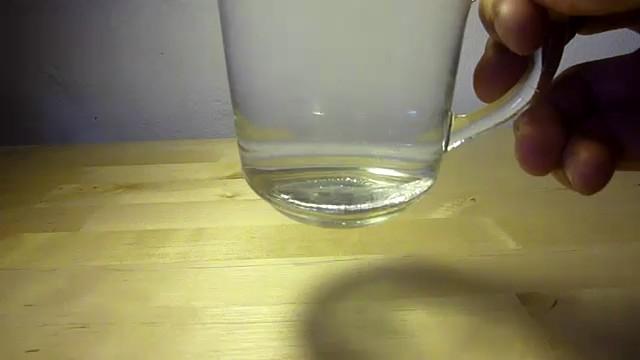 fundir cuchara galio agua caliente 4