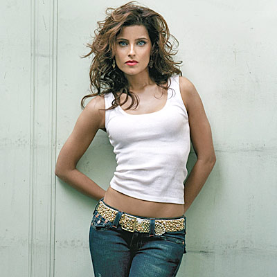 nelly-furtado-timbaland-promiscuous-video
