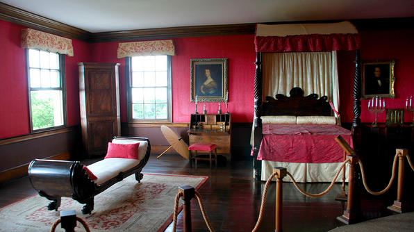 Annie Palmers room in Rose Hall