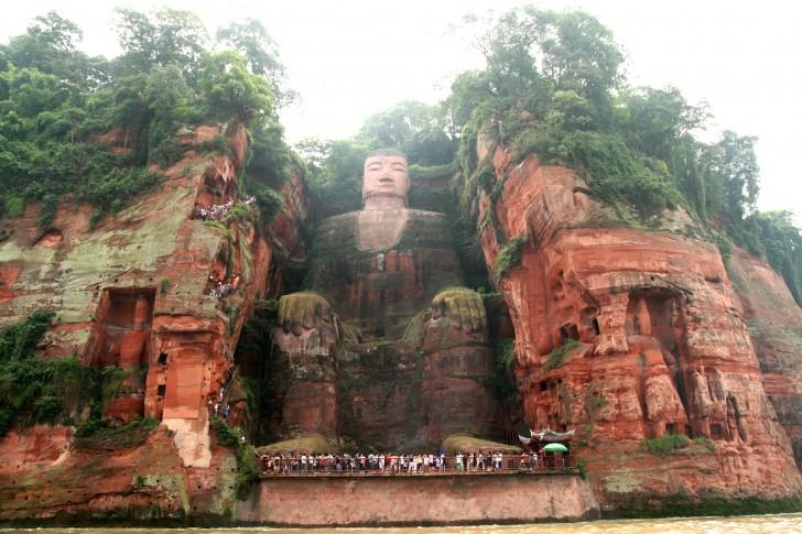 buda gigante leshan china