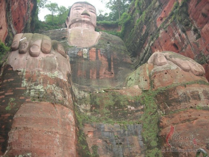 buda leshan china gran estatua