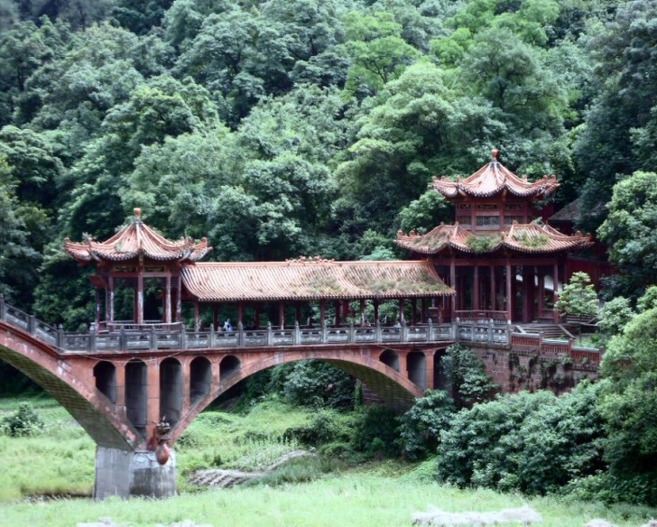 buda leshan china puente