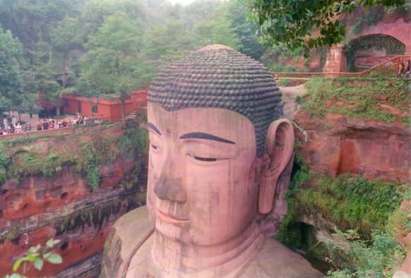 buda leshan estatua mas grande mundo