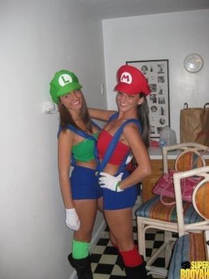 chicas disfrazadas halloween 21