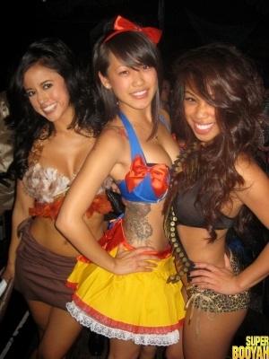 chicas disfrazadas halloween 29