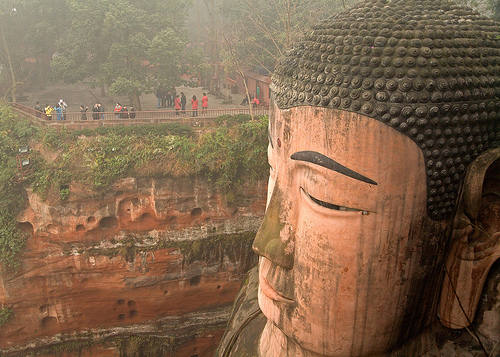 estatua gran buda leshan sichuan cabeza