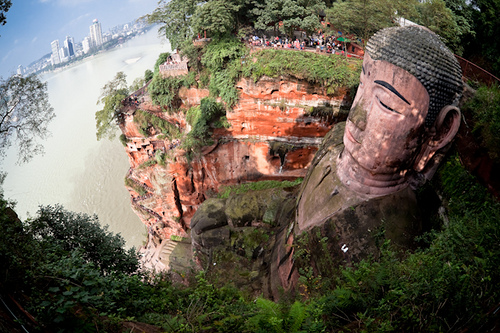 estatua gran buda leshan sichuan china