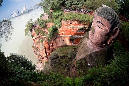 estatua gran buda leshan sichuan china