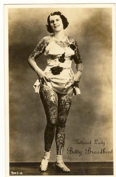 Betty Broadbent tatuajes