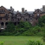 Colegio femenino abandonado