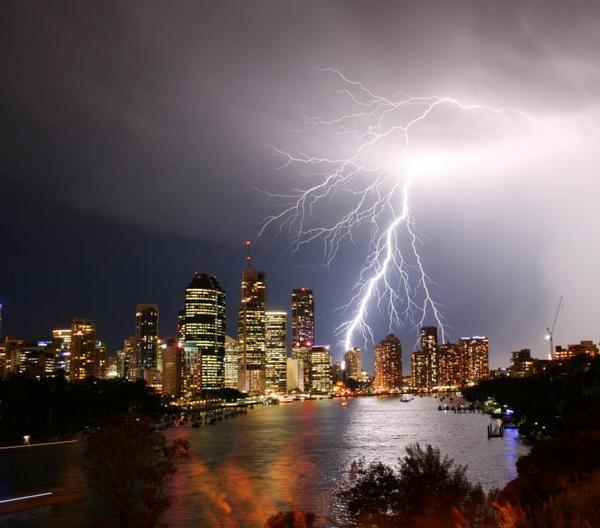 tormentas rayos Brisbane
