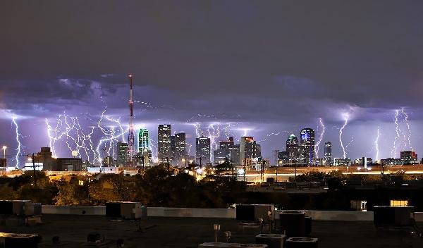 tormentas rayos Dallas