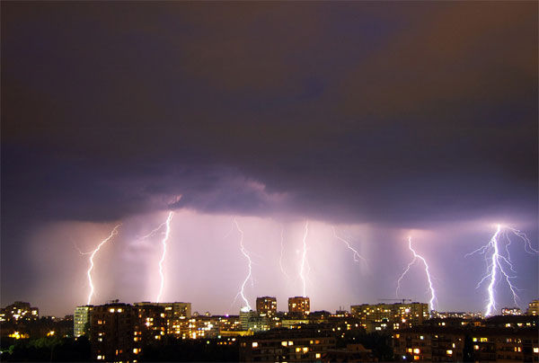 tormentas rayos Sofia