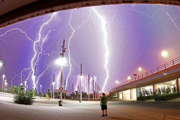 tormentas rayos atenas