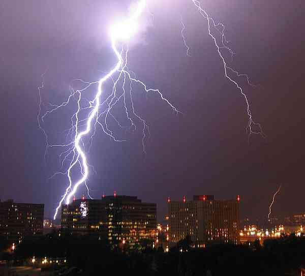 tormentas rayos ciudad pentagono
