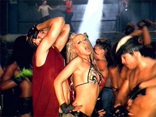 christina-aguilera-dirrty-sexy-video