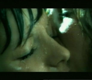 tatu-all-the-things-she-said-video-beso