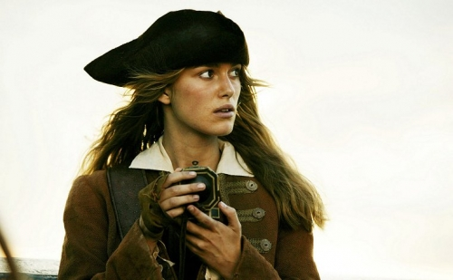 Keira Knightley Piratas Caribe cofre hombre muerto