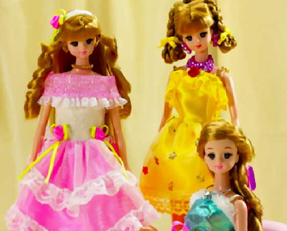 juego-rompecabezas-barbie-amigas
