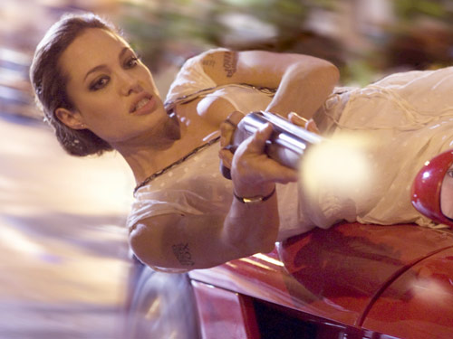 angelina-jolie-fox-wanted